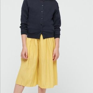 Uniqlo girls skirt pants sz9-10